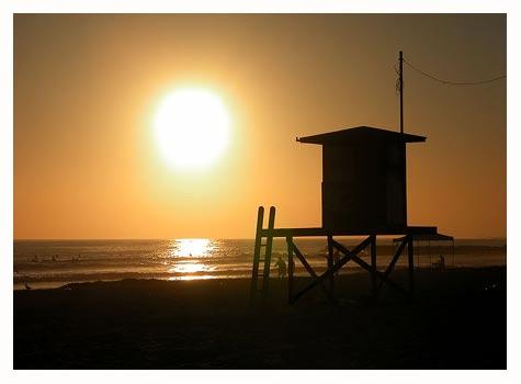 e4370-nb-newport-lifeguard-shack